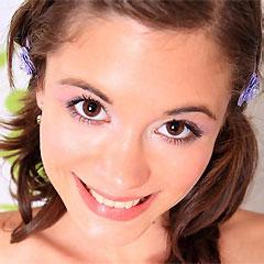 brunette skinny teen